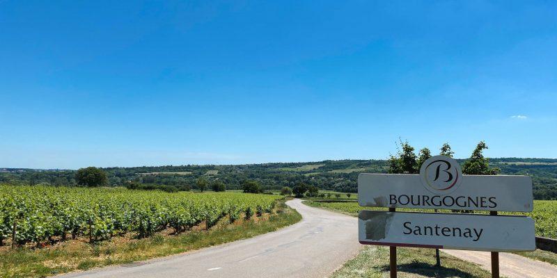 Découvrez le village de Santenay.